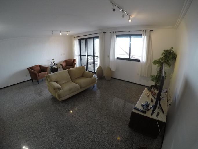 Apartamento amplo no coração da Aldeota, Fortaleza