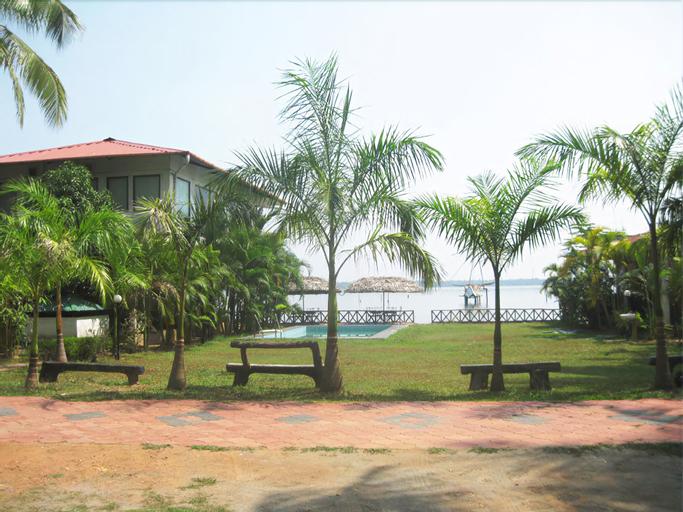 Lake Symphony Resort, Ernakulam