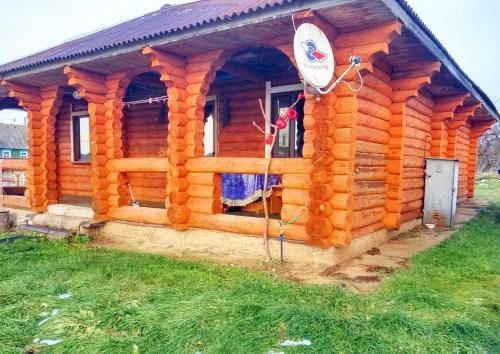 Уютныи дом с банеи на берегу озера, Syanno