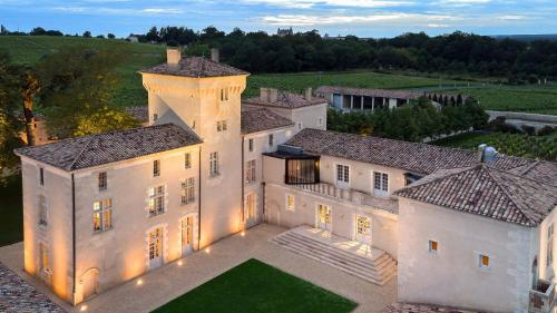 Chateau Lafaurie-Peyraguey Hotel & Restaurant LALIQUE, Gironde