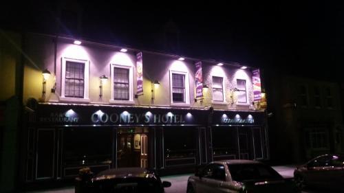 Cooneys Hotel,