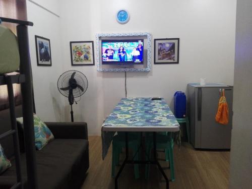 5J condominium, Makati City
