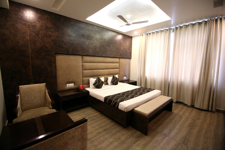 OYO 4779 Hotel Vansh Palace, Raipur