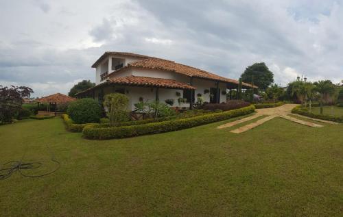 Villa Carola, Piedecuesta