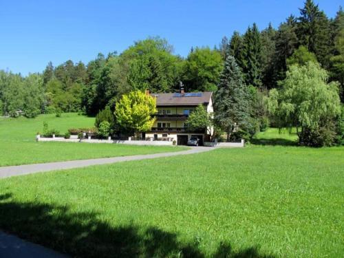 Haus am Wald, Cham