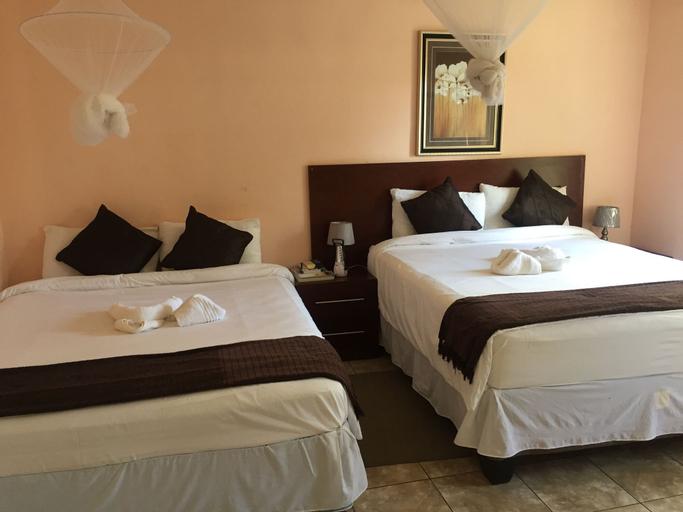 Plateau Guest House, Chobe