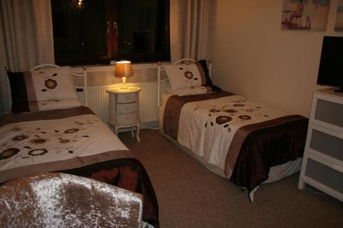 SELF CATERING SUITE at Clyde View, Inverclyde