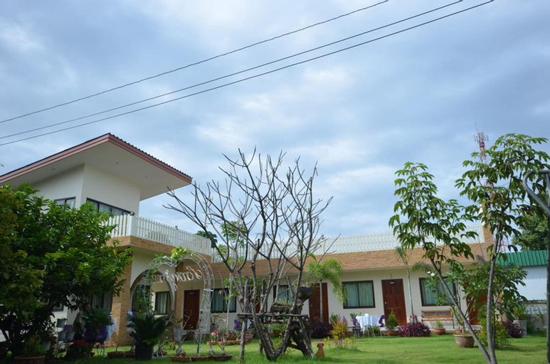 Charming Home Resort, Suan Phung