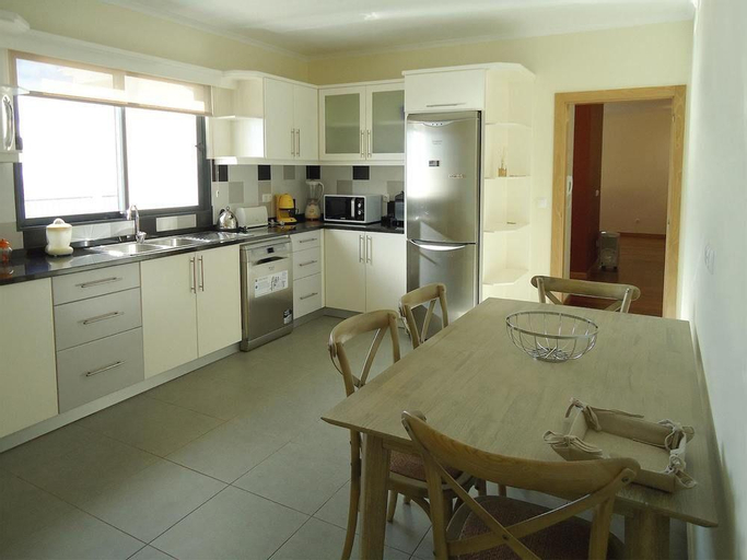 House With 3 Bedrooms in Fajã da Ovelha, With Wonderful sea View, Encl, Calheta