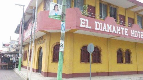 Hotel y Restaurante El Diamante, Champerico