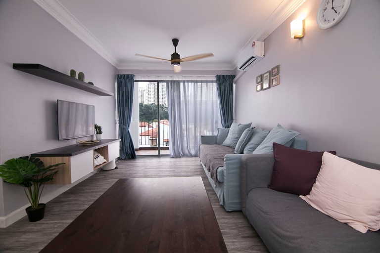 Charming 3BR Home in Quiet Neighbourhood, Kuala Lumpur