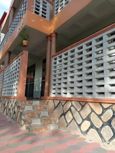 Buff Hotel, Entebbe