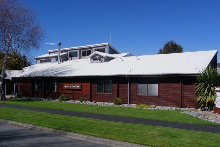 Breckenridge Lodge, Ashburton