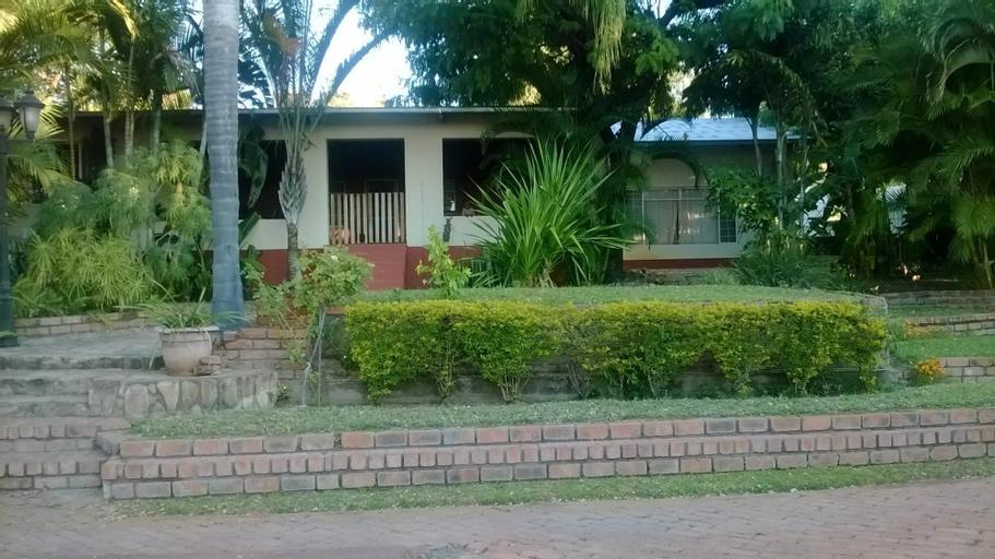 Gabzone Guesthouse, Rundu Urban