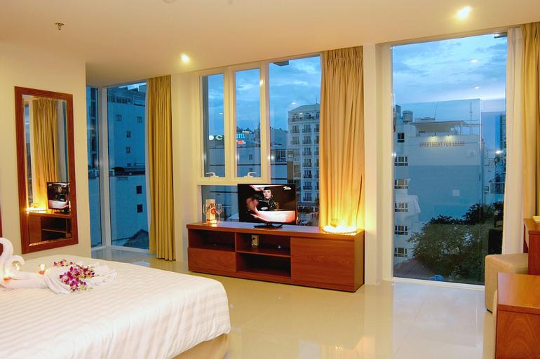 Nam Hung Hotel, Nha Trang