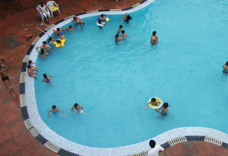 Golden Huts Resorts, Rewari