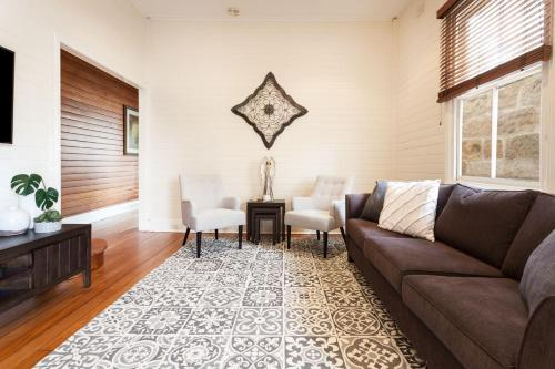 BALMAIN BELLE - Hosted by: L'Abode Accommodation, Leichhardt