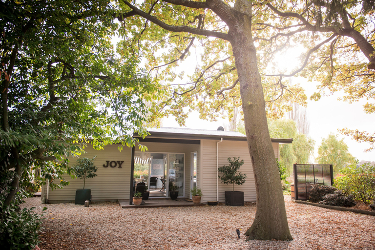 Revive On Oakview Boutique Accommodation and Spa, Ashburton