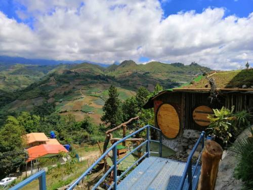Hobbit Home, Ranau