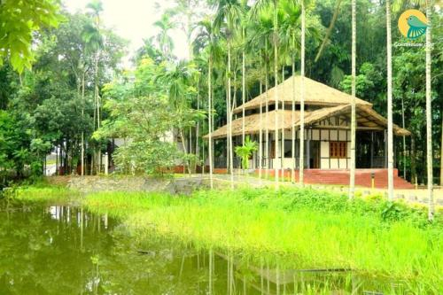 1 BR Boutique stay in Golaghat, Kaziranga (9FF3), by GuestHouser, Golaghat