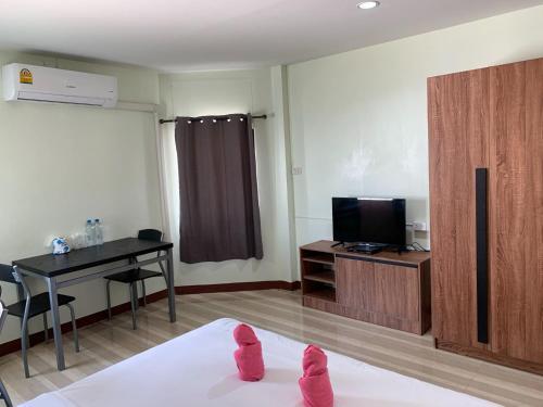 Alongkorn hotel by SB, Muang Samut Songkhram