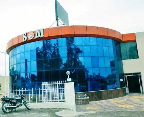 SM HOTEL & RESORT, Rupnagar