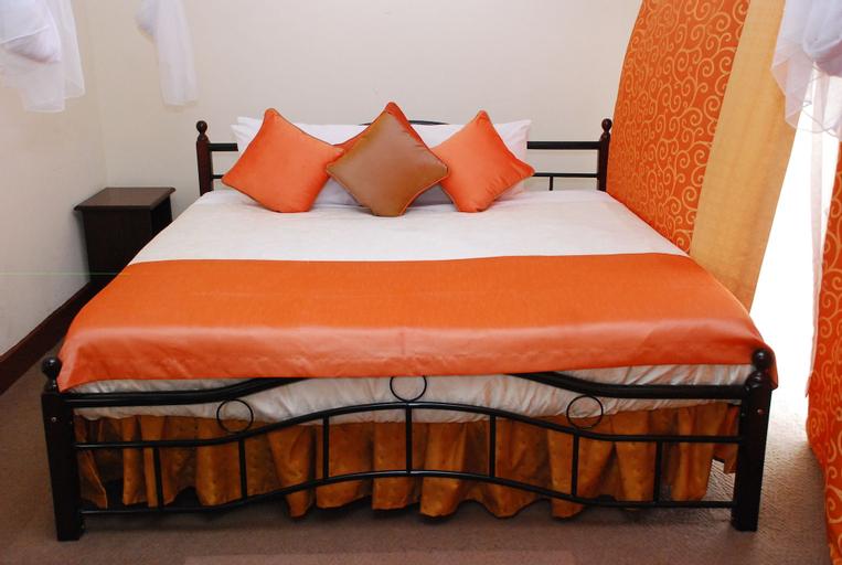 Graceland Hotel & Gardens, Kampala