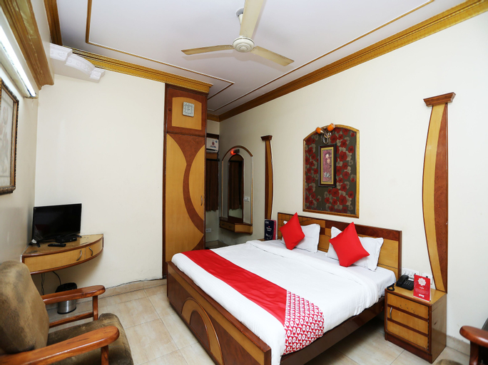 OYO 26647 Minar Hotel, Aligarh