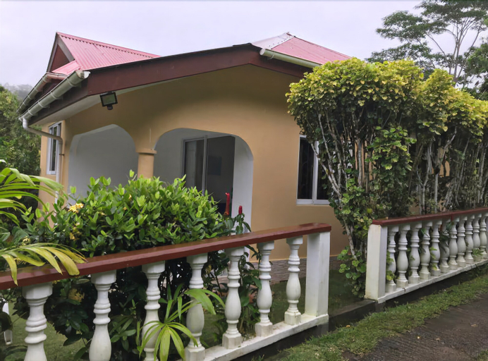 Tropical Garden Self Catering,