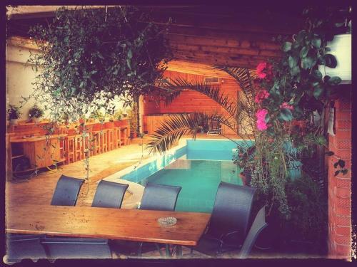 DNT HOUSE & Spa, Cosoveni
