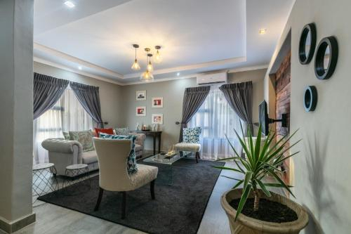 Gemstone Suites, Jwaneng