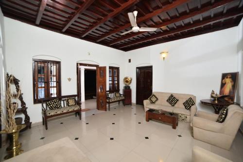 Karingada House, Kottayam