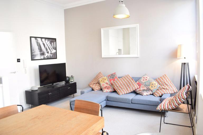 1 Bedroom Apartment in Marylebone, London