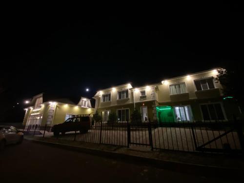 """Апарт-отель """"Зеленыи дом"""", Berezovskiy rayon"""