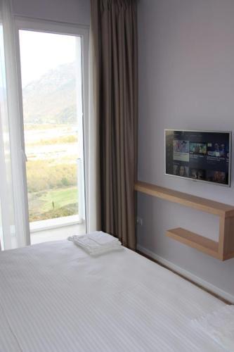 Hotel Auto Grill Roberti, Tepelenës