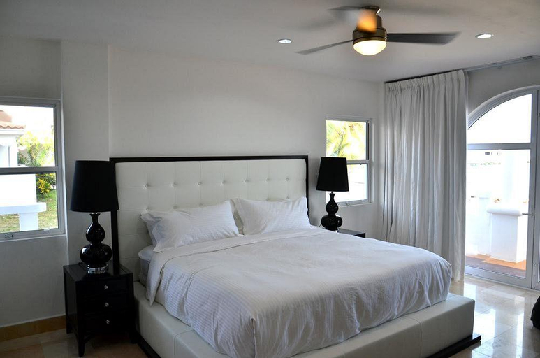 Sands Villas,