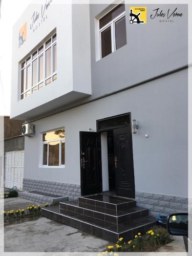 Jules Verne Hostel, Tashkent City