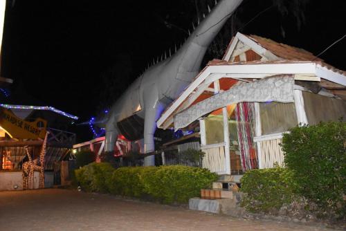 PARADISE RESORT-ZH, Kisumu West