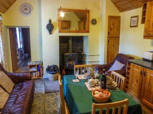 Fitzpatricks Cottage, Clough,