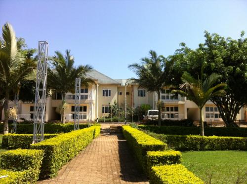 Hotel Alvers, Mukono