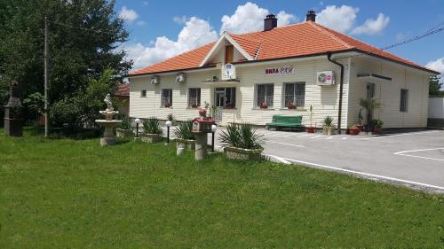 Вила Раи, Nikopol