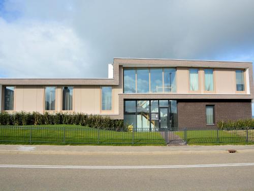 Modern Holiday Home in Katwijk aan Zee near Beach, Katwijk