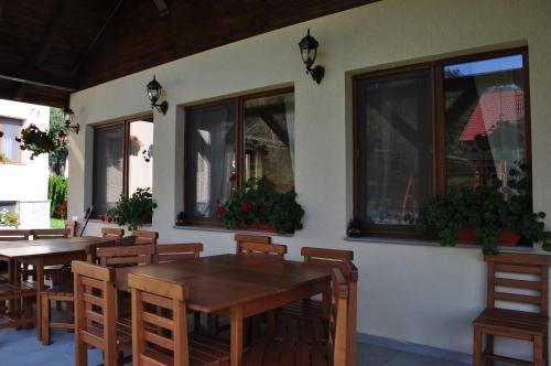 Aparthotel Anna Apartmanhaz, Micfalau