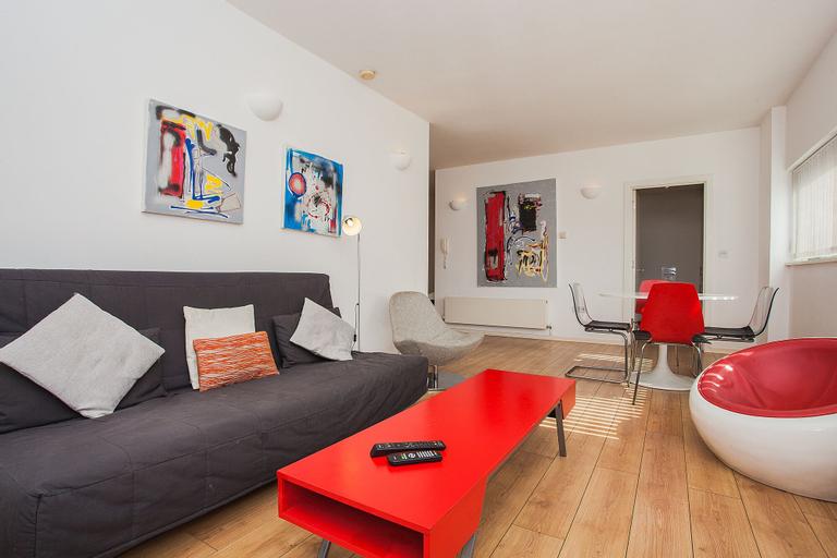 Modern 2 Bedroom Flat in West Ham, London