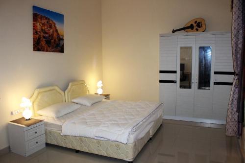Aadil Room, Sohar