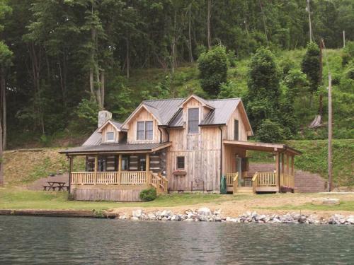 Kirkner Lake Cabin, Pulaski