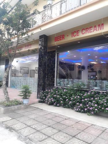 Trang an Mua Xuan Restaurant Hostel, Hoa Lư