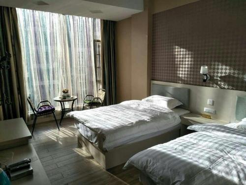 Lake Fuxian Youth Hostel, Yuxi