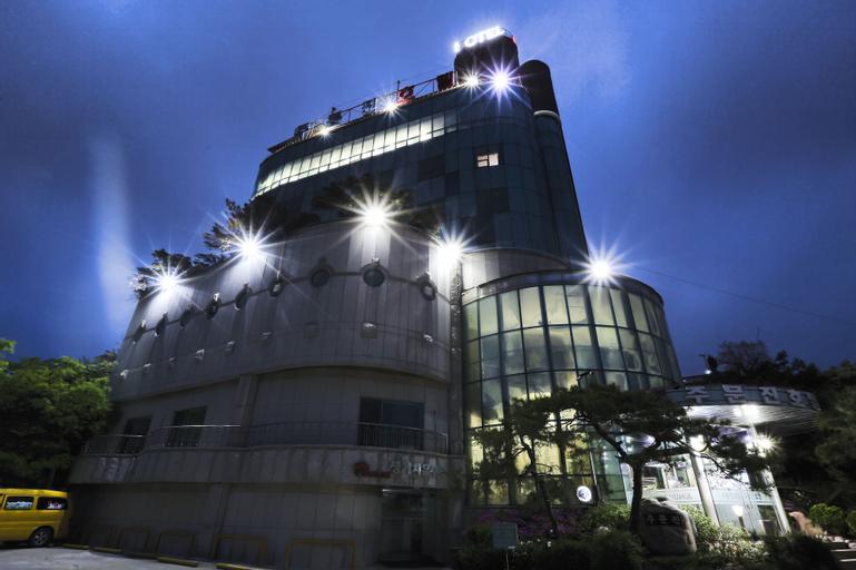 Jumunjin Hotel, Gangneung