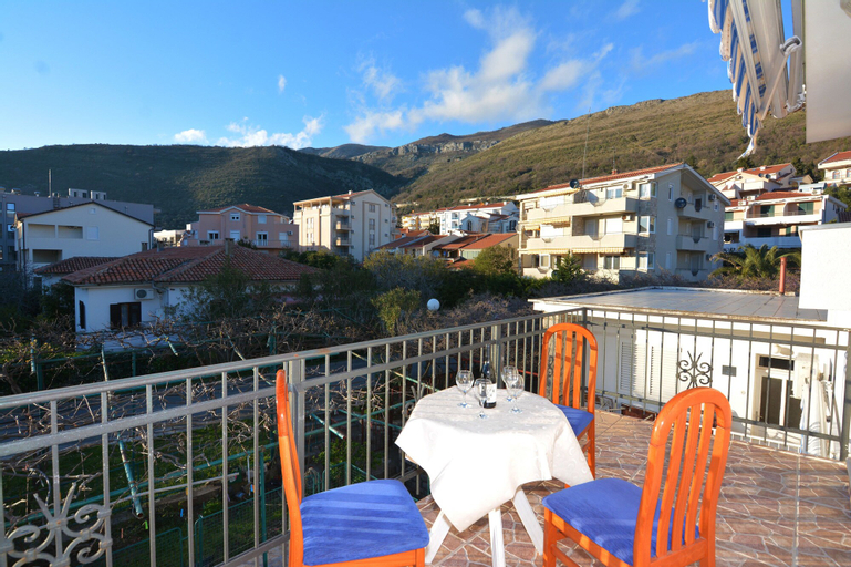 Apartments Jovana,